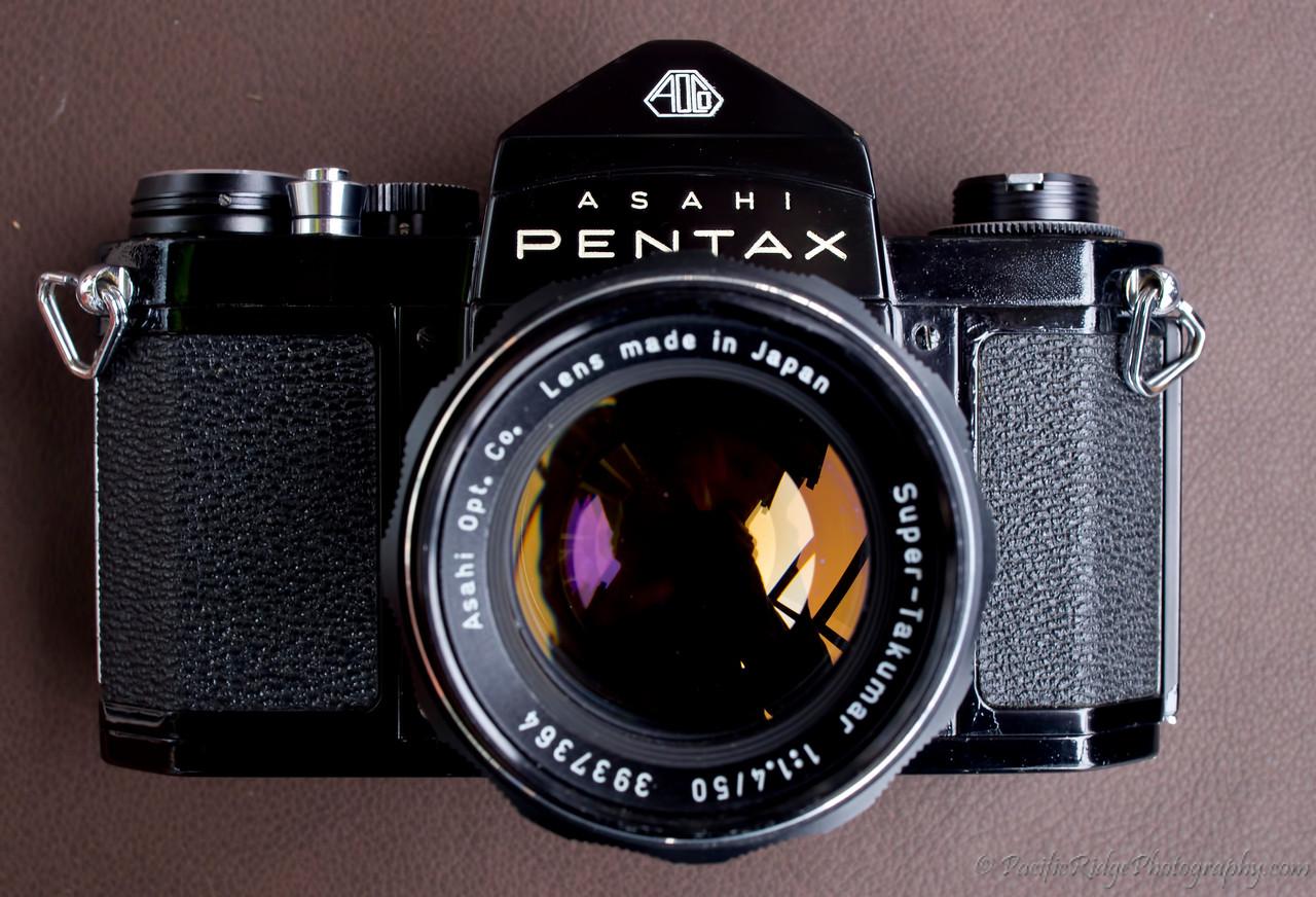 "1962 Black Asahi Pentax S1a ""Second Release"" with a 50/1.5 Super-Takumar"