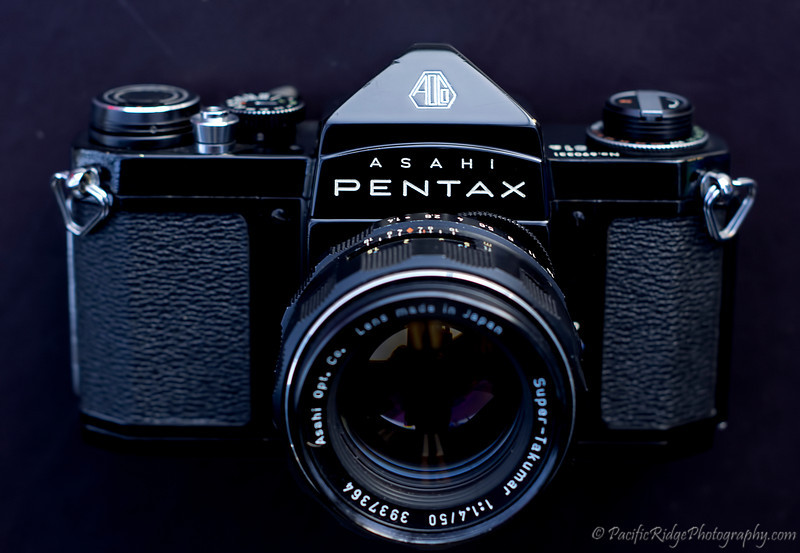 1962 Black Pentax S1a.  Like the S1, the S1a listed a maximum shutter speed of 1/500, but 1/1000 was still possible.