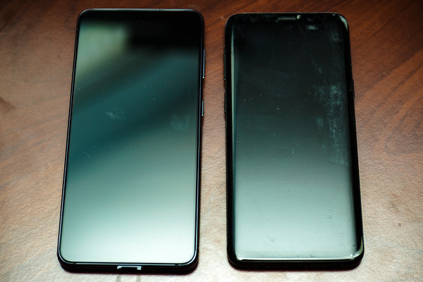 As I said, the S21 is a bigger phone.  This base model is not significantly larger than the S9, but this is definitely a trend.