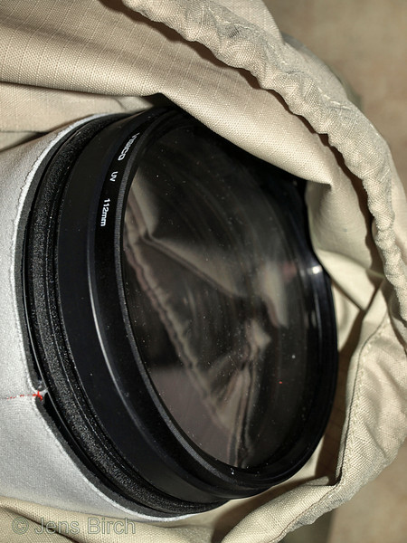 Now the lens fits perfectly into my backpack with the lens cap mounted. I just have to remember to remove it before shooting!