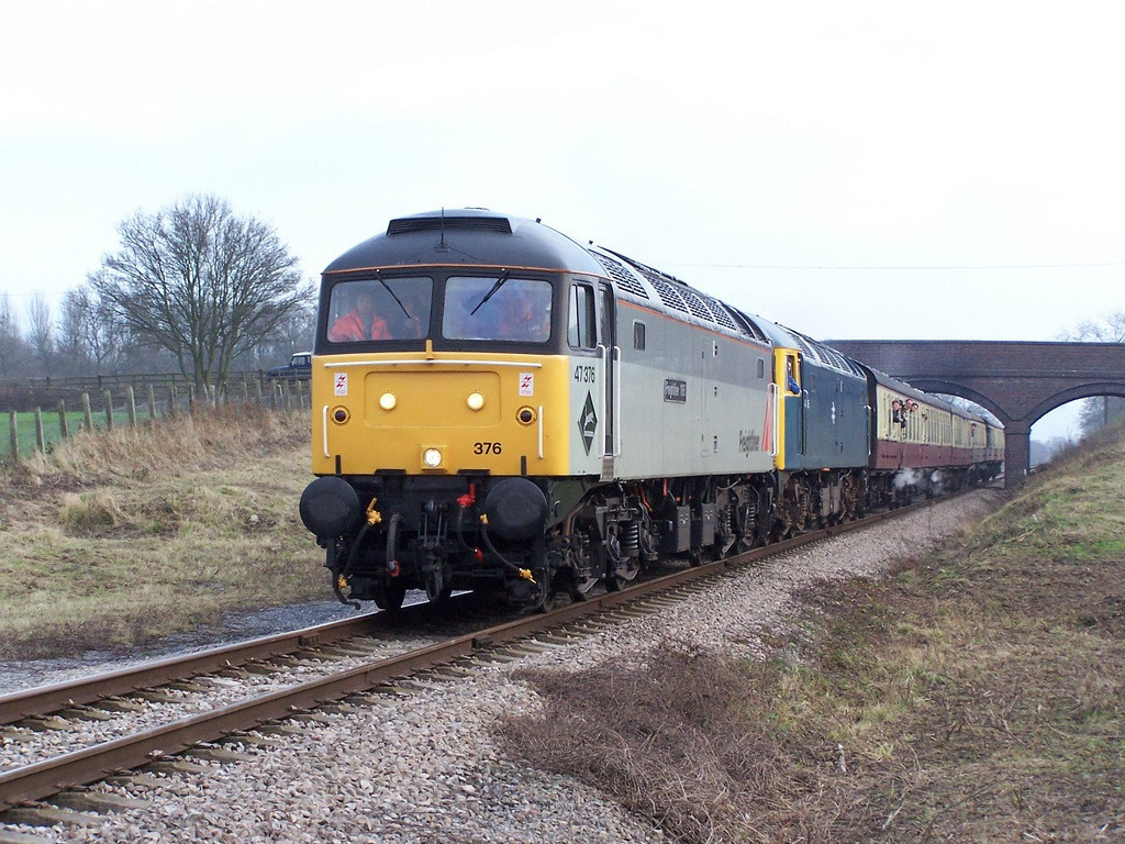 47376 and 47105, Dixton.