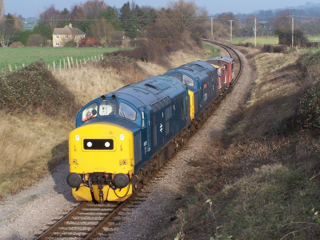 37215 and 37324, Hailes.