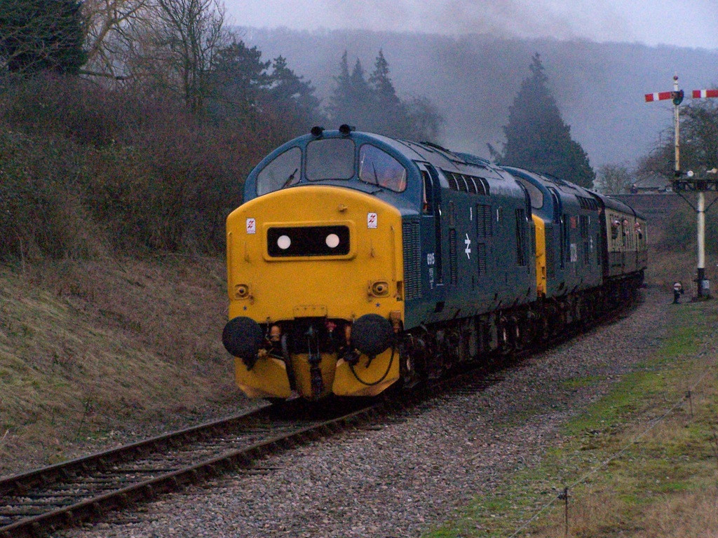 37215 and 37324, Winchcombe.