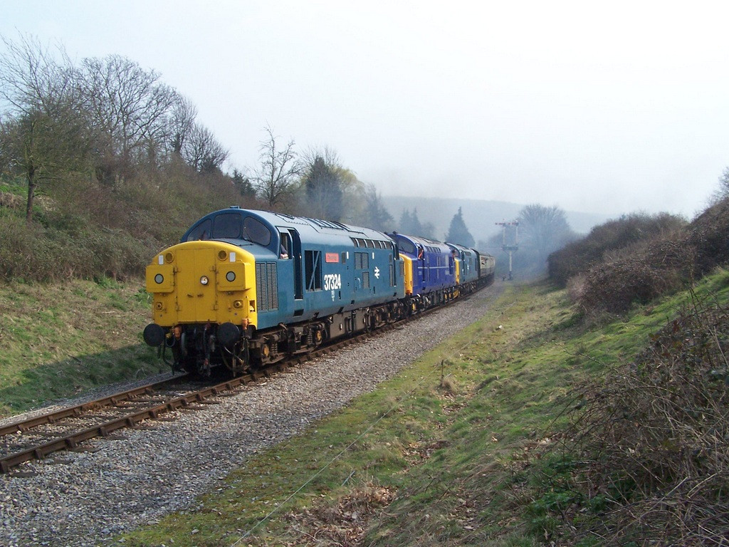 37324, 37219 and 37215, Winchcombe.