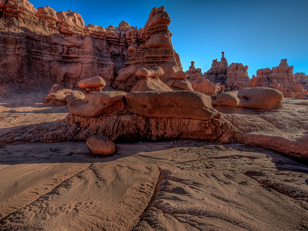 Rock Bench and Cliffs - Goblin Valley 2
