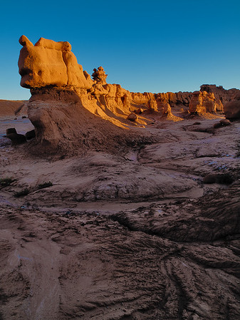 Morning Light on Goblin Valley Wall