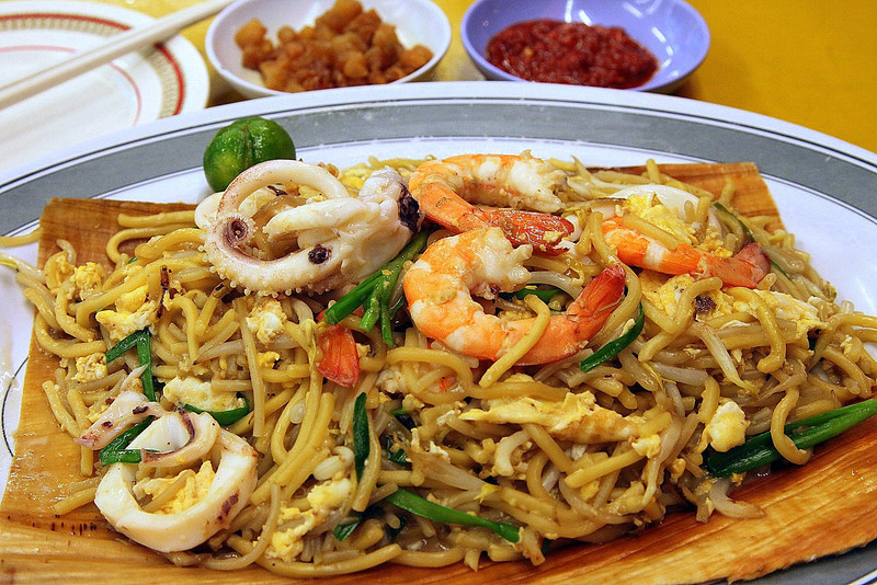 "Bon Appetit!<br /> <br /> 62B Jalan Eunos<br /> Singapore 419510<br /> Tel : 6747 8766<br /> Operating Hours: 11am - 1am<br /> <br /> <a href=""http://www.kimshokkienmee.com/history.htm"">http://www.kimshokkienmee.com/history.htm</a>"
