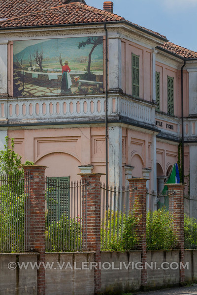 The kindergarten Figari - L'asilo infantile Figari