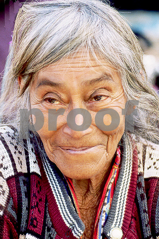 Old woman 2 Solola