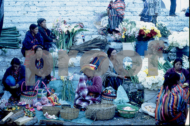 flower ladies chichicastenango