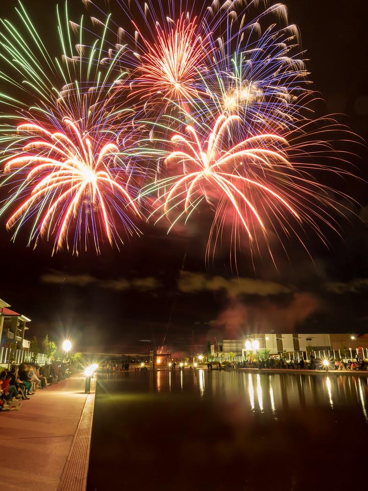 Lightsview Fireworks