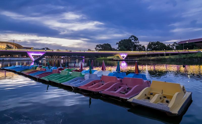 Paddleboat Rainbow