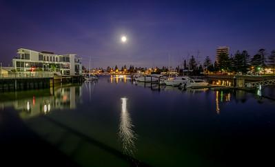 Marina moon rise