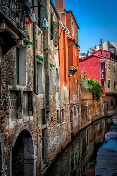 ~Venezia~<br /> <br /> The glorious, colorful canals of Venice.