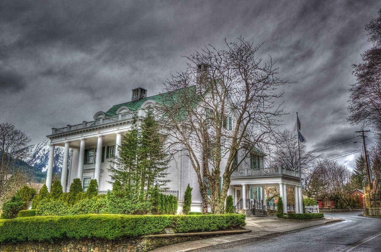 Palin's Palace