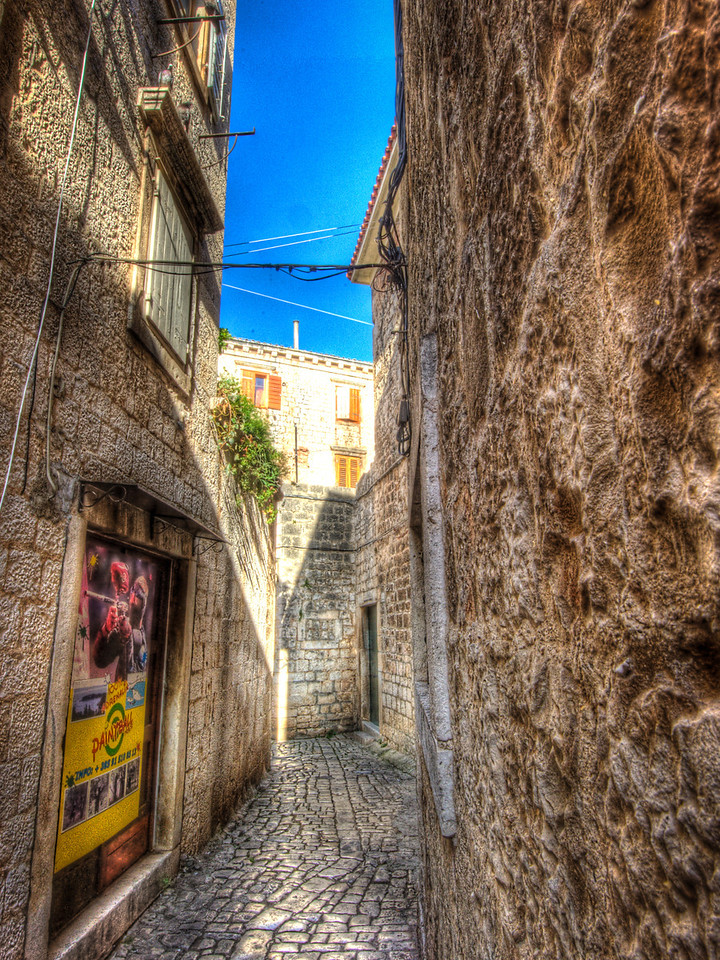 A 7 EV HDR Photograph of narrow cobbled streets in Zadar Croatia.  Taken with a Nikon d700, edited in Photomatix & Lightroom.