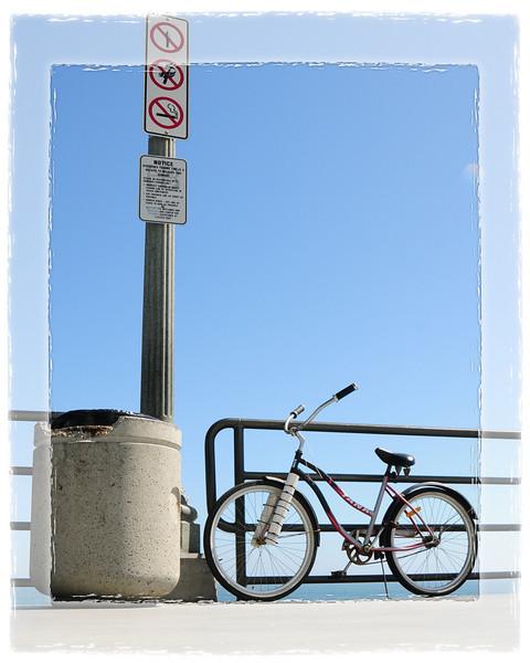 HUNTINGTON BEACH PIER_BIKE