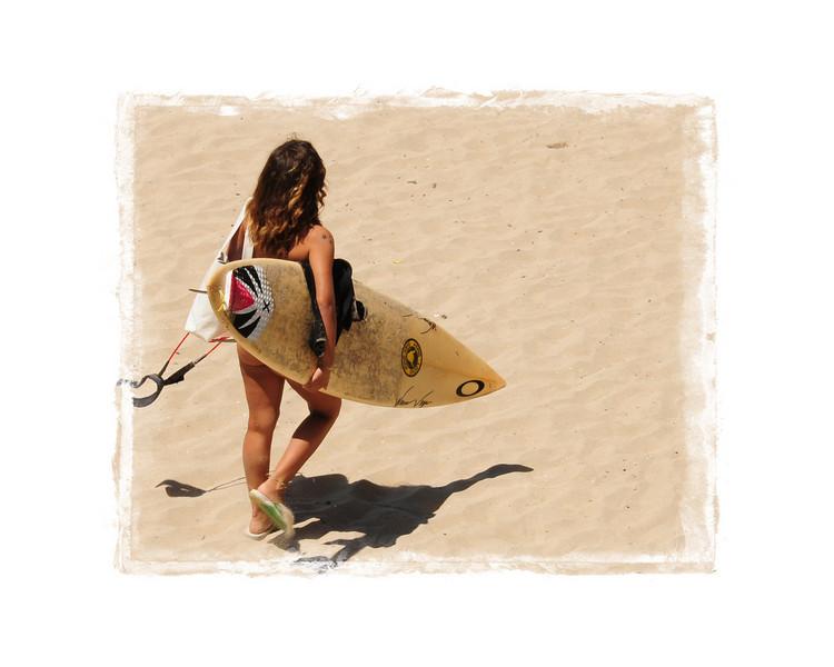 HUNTINGTON BEACH PIER_SURFER GIRL