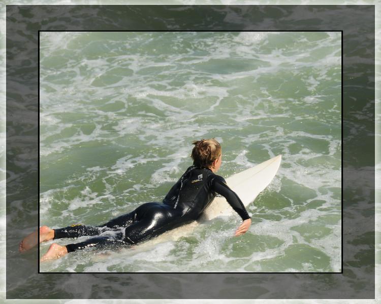 HUNTINGTON SURFER GIRL