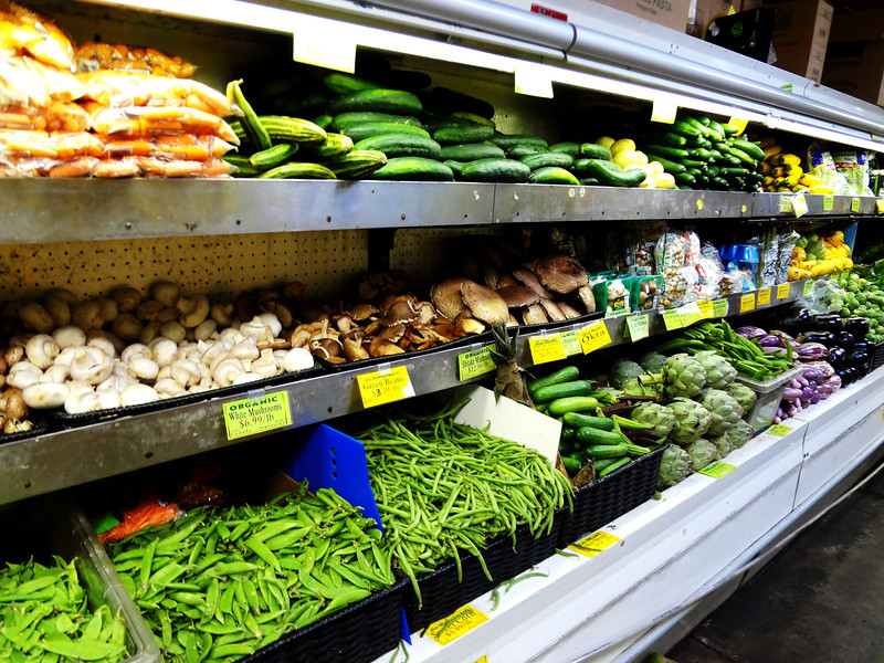 Organic Farmer's Market in Paia Maui Hawaii 3