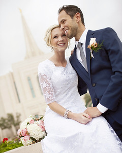 Beautiful Bride and Groom, Gilbert LDS  Temple, Gilbert, Arizona