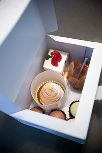 For Valentines Day, we decide to try a few pastries from Pâtisserie Chantilly, a very local Japanese-run patisserie