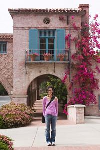 Valerie and I reach Malaga Cove Plaza