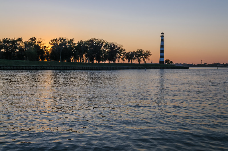 2011_10__DSC5385_Lighthouse on the Lake
