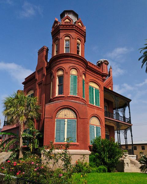 Landes-McDonough House - SW Corner