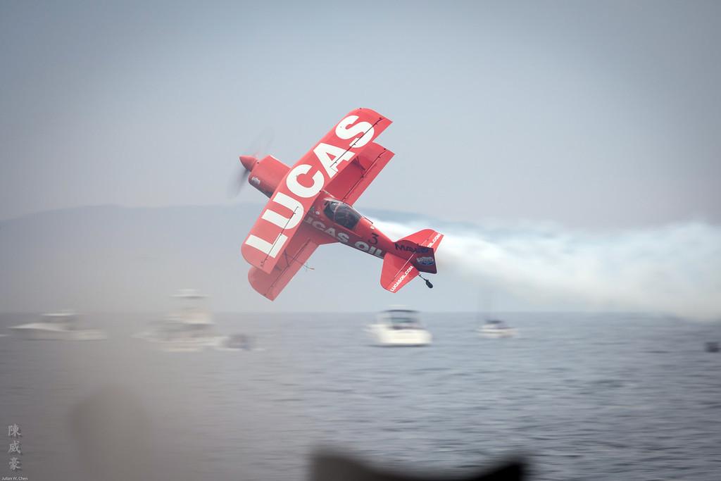 IMAGE: https://photos.smugmug.com/Photography/Huntington-Beach-Airshow-2016/i-4RhcKqL/0/XL/20161023-Canon%20EOS-1D%20X%20Mark%20II-1DX21288-XL.jpg
