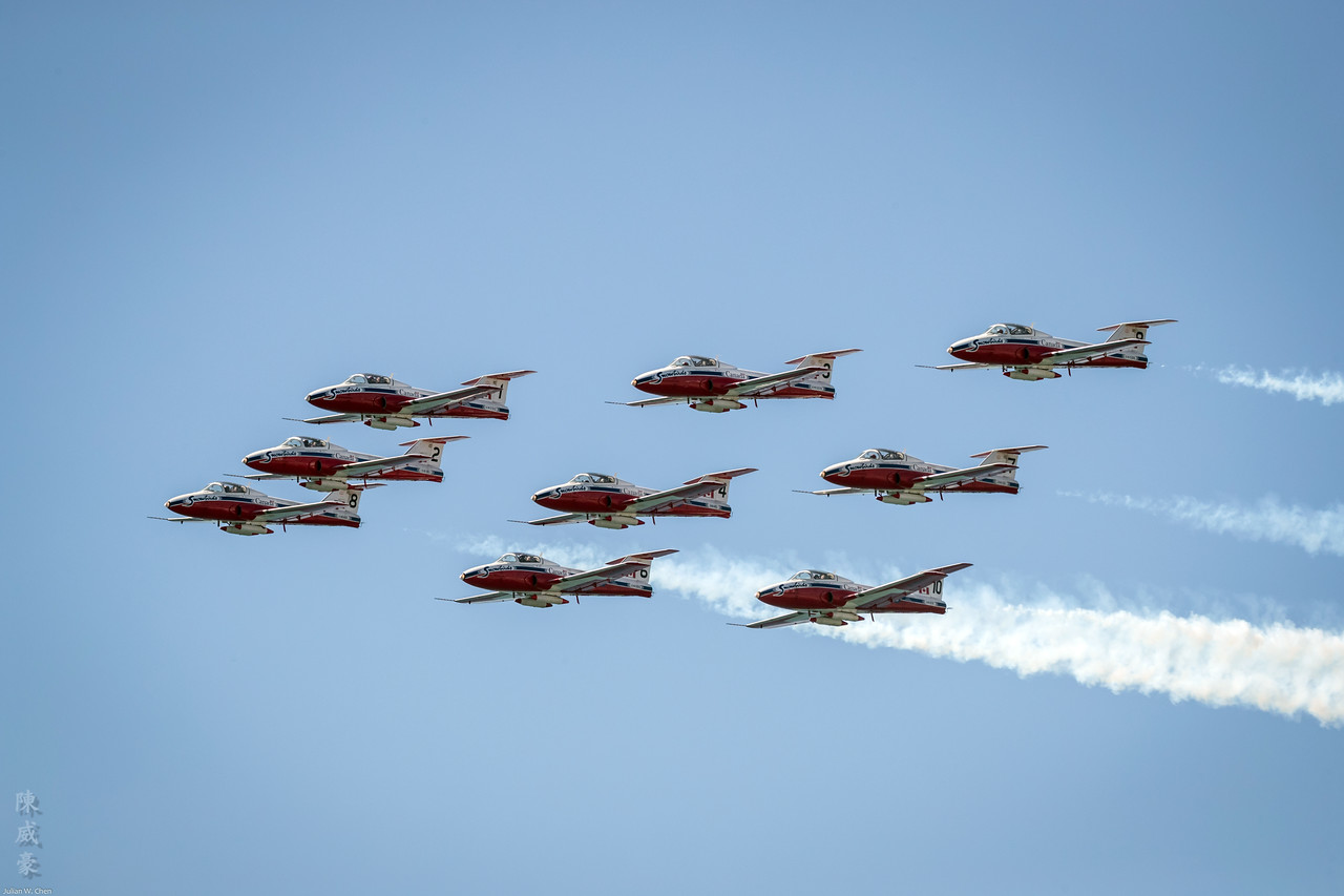 IMAGE: https://photos.smugmug.com/Photography/Huntington-Beach-Airshow-2017/i-N42M84T/0/f298c404/X2/20171001-Canon%20EOS-1D%20X%20Mark%20II-1DX28274-X2.jpg
