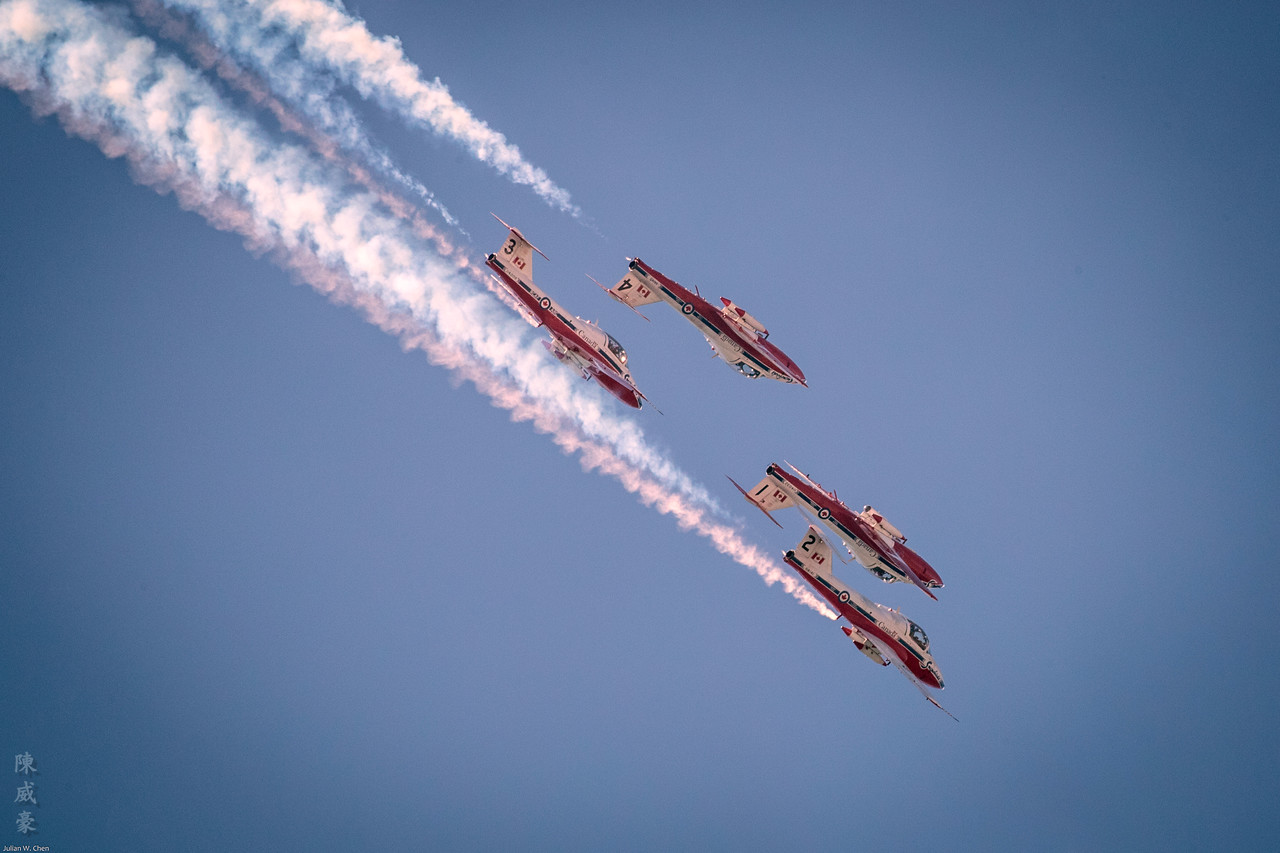 IMAGE: https://photos.smugmug.com/Photography/Huntington-Beach-Airshow-2017/i-NvdccX2/0/7a1e39e8/X2/20171001-Canon%20EOS-1D%20X%20Mark%20II-1DX27773-X2.jpg
