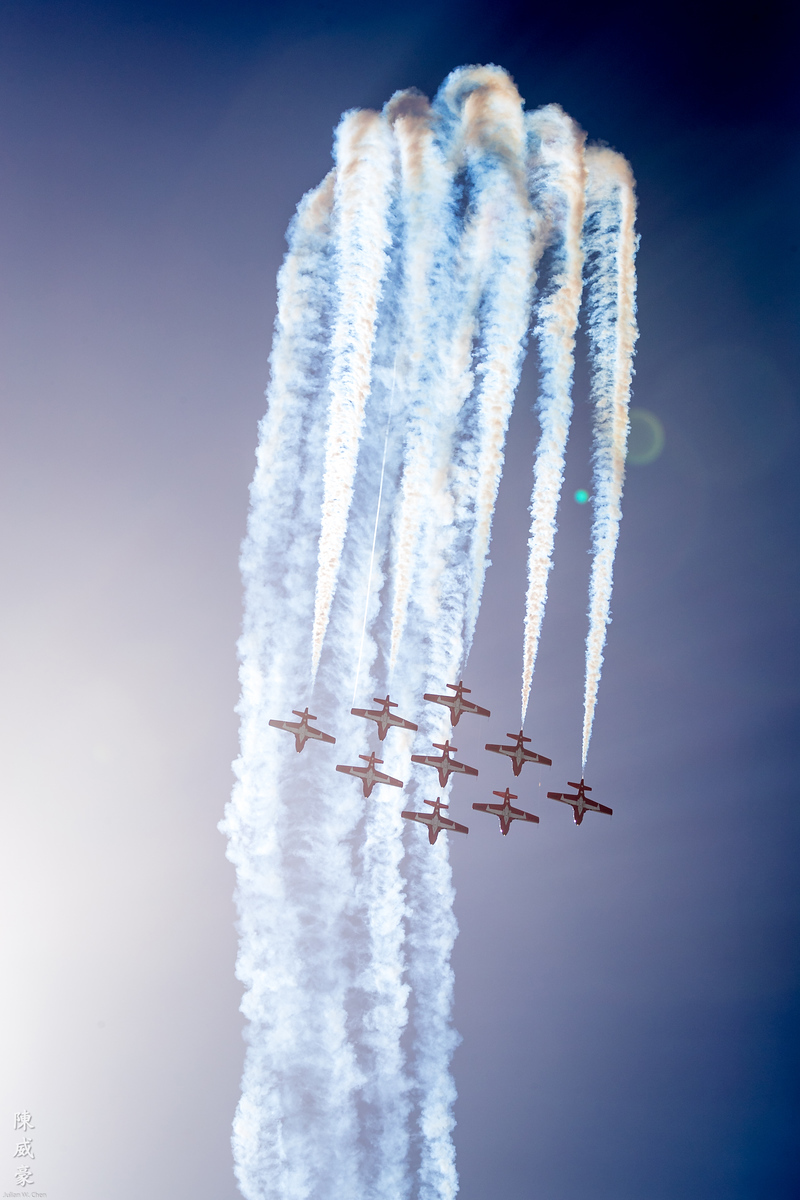 IMAGE: https://photos.smugmug.com/Photography/Huntington-Beach-Airshow-2017/i-V22DNFk/0/2c66dfeb/X3/20171001-Canon%20EOS-1D%20X%20Mark%20II-1DX27645-X3.jpg