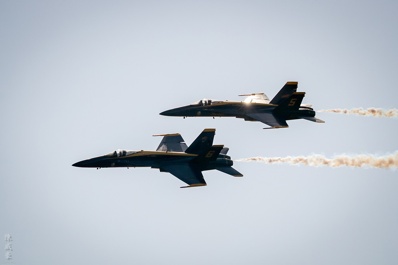 IMAGE: https://photos.smugmug.com/Photography/Huntington-Beach-Airshow-2017/i-VbJ4kcJ/0/5b64bed8/X2/20171001-Canon%20EOS-1D%20X%20Mark%20II-1DX20351-X2.jpg