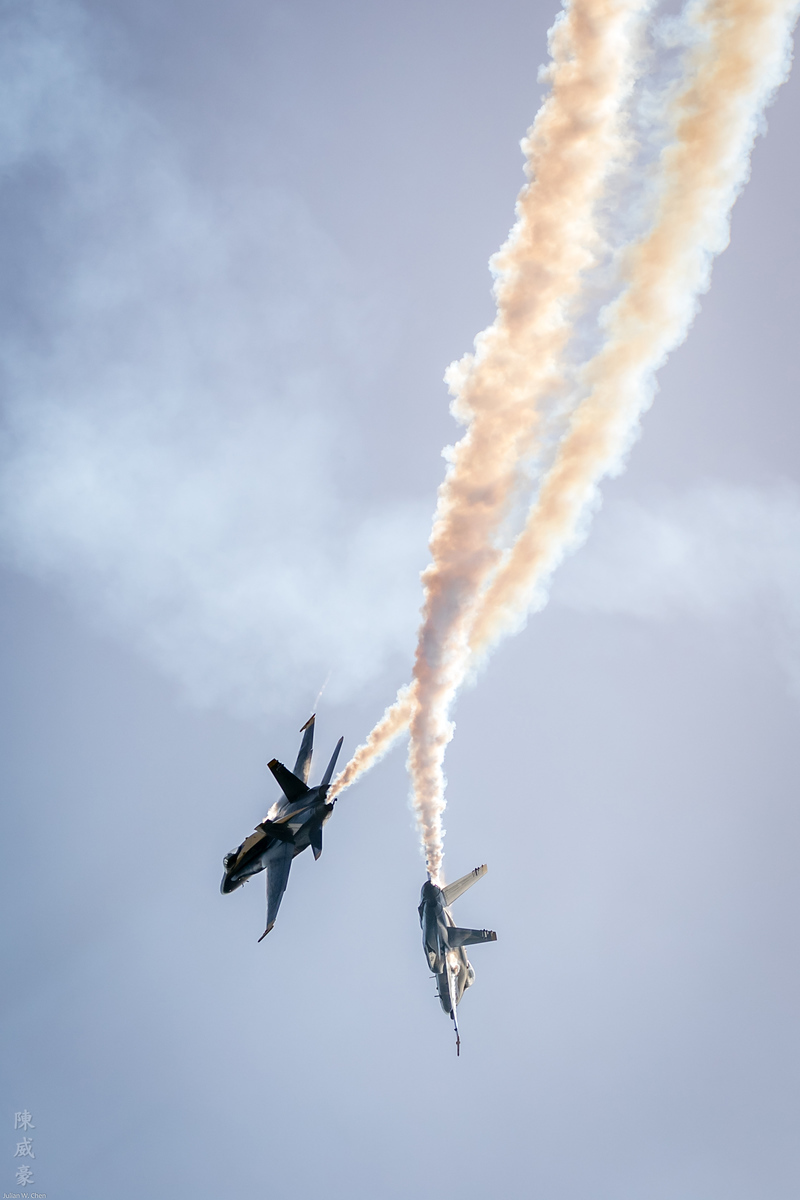 IMAGE: https://photos.smugmug.com/Photography/Huntington-Beach-Airshow-2017/i-g4DpJDK/0/a3f0e86b/X3/20171001-Canon%20EOS-1D%20X%20Mark%20II-1DX20414-X3.jpg