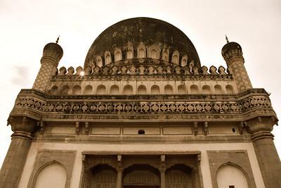 Qutb Shahi tomb