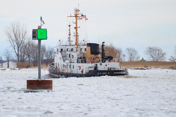 USCGC Neah Bay 102 breaking ice on the South Chanel