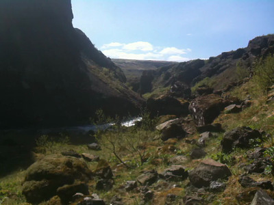 This is a video clip that I took after walking up the river bed trying to get a view of Iceland's highest waterfall.