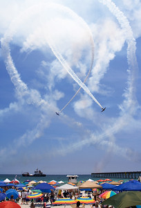 Stunt planes over Pensacola Beach