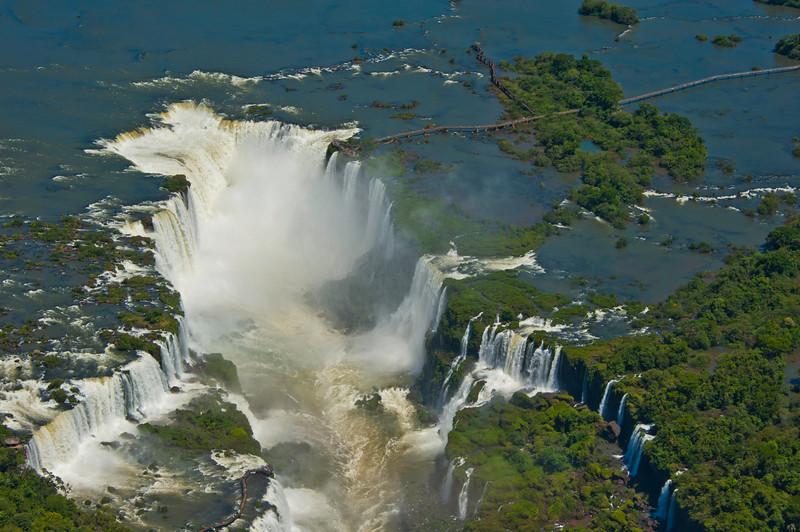 IGU 115.  Iguazu Falls, Brazil, Iguazu River, Devil's Throat , Argentina