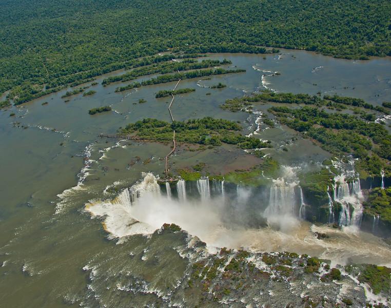 IGU 116.  Iguazu Falls, Brazil, Iguazu River, Devil's Throat , Argentina