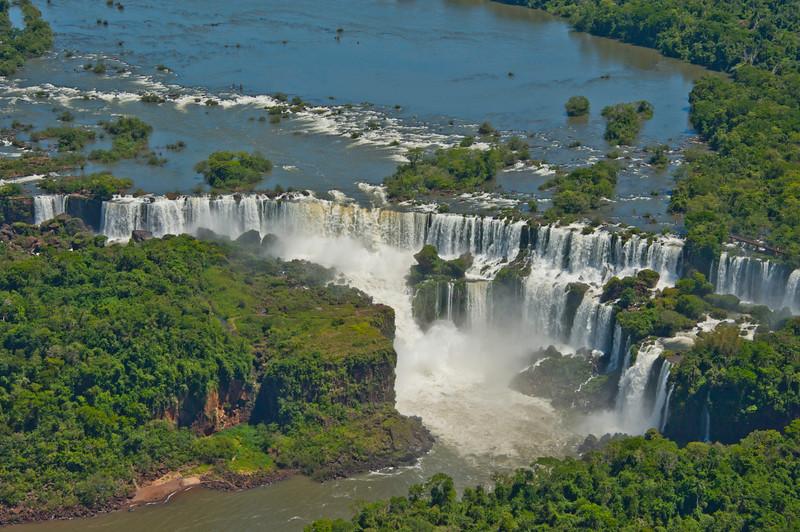 IGU 112. Iguazu Falls, Brazil, Iguazu River, Devil's Throat , Argentina