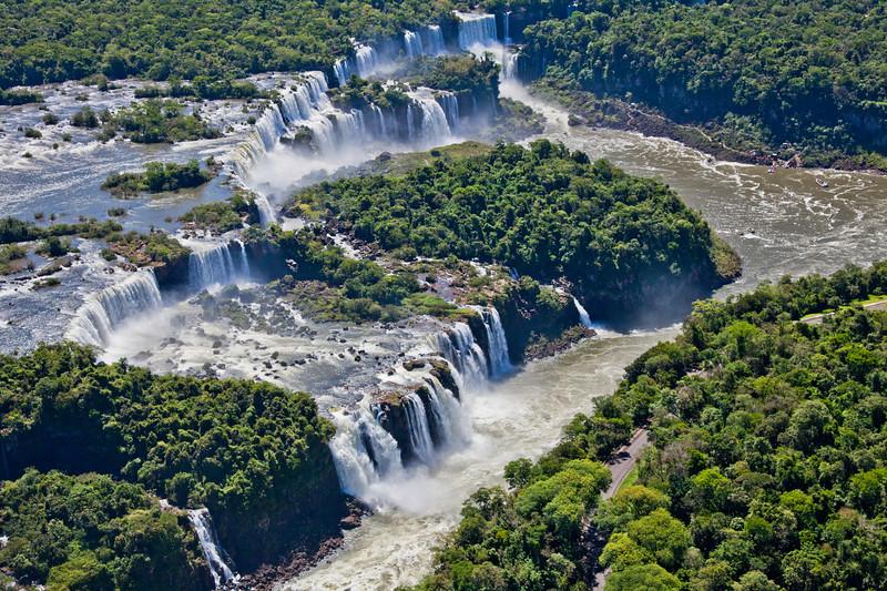 IGU 107.  Iguazu Falls, Brazil, Iguazu River, Devil's Throat , Argentina