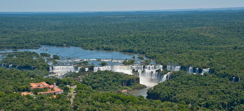 IGU 109.  Iguazu Falls, Brazil, Iguazu River, Devil's Throat , Argentina