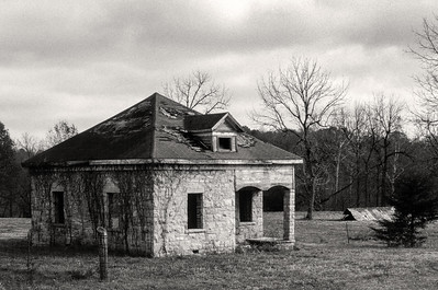 stone_house-hp5_1-25