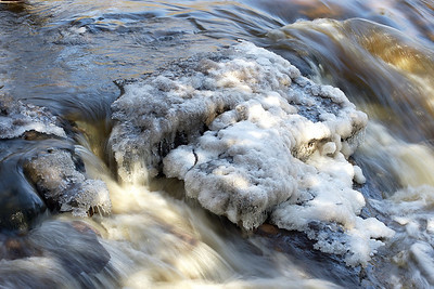 Spring thaw on the Gooseberry River