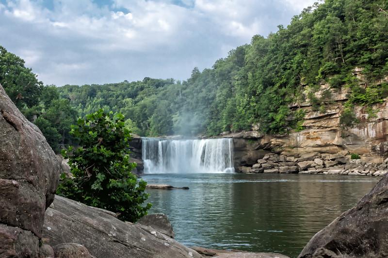 Cumberland Fall's - Cumberland Falls State Park - Daniel Boone National Forest - Kentucky