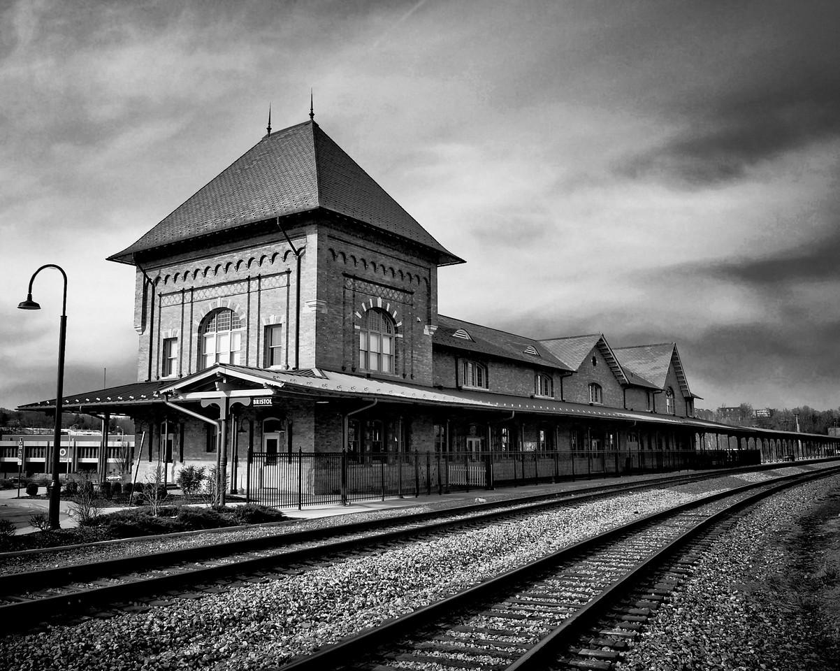 Black and White Bristol Trainstation    Bristol, Virginia