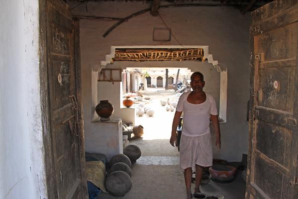 India Nov 2014 - Thikarda