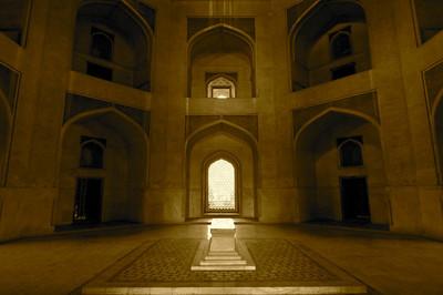 Inner chamber, Humayun's Tomb – Delhi, India